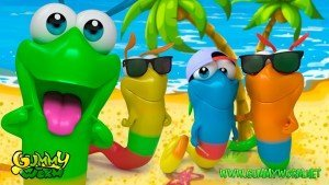 Gummy Worm Friends summer fun